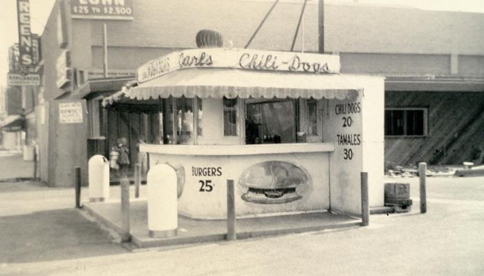 Carl's hot-dog