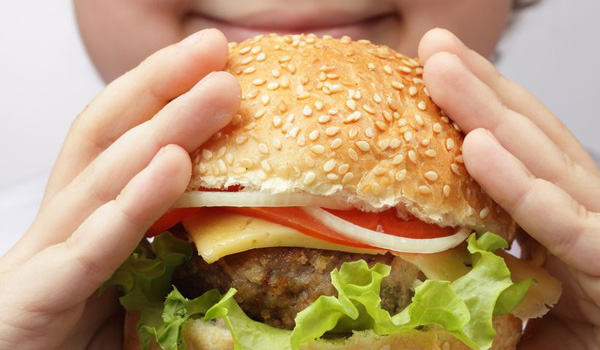 La méthode scientifique pour tenir un burger