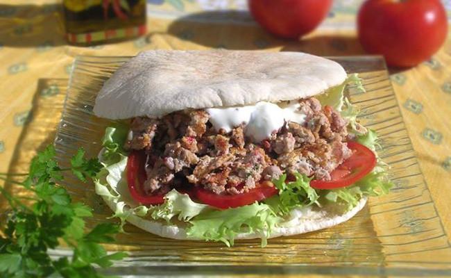 Pita Mediterranee Recette De Sandwich Chaud Pita Et Agneau